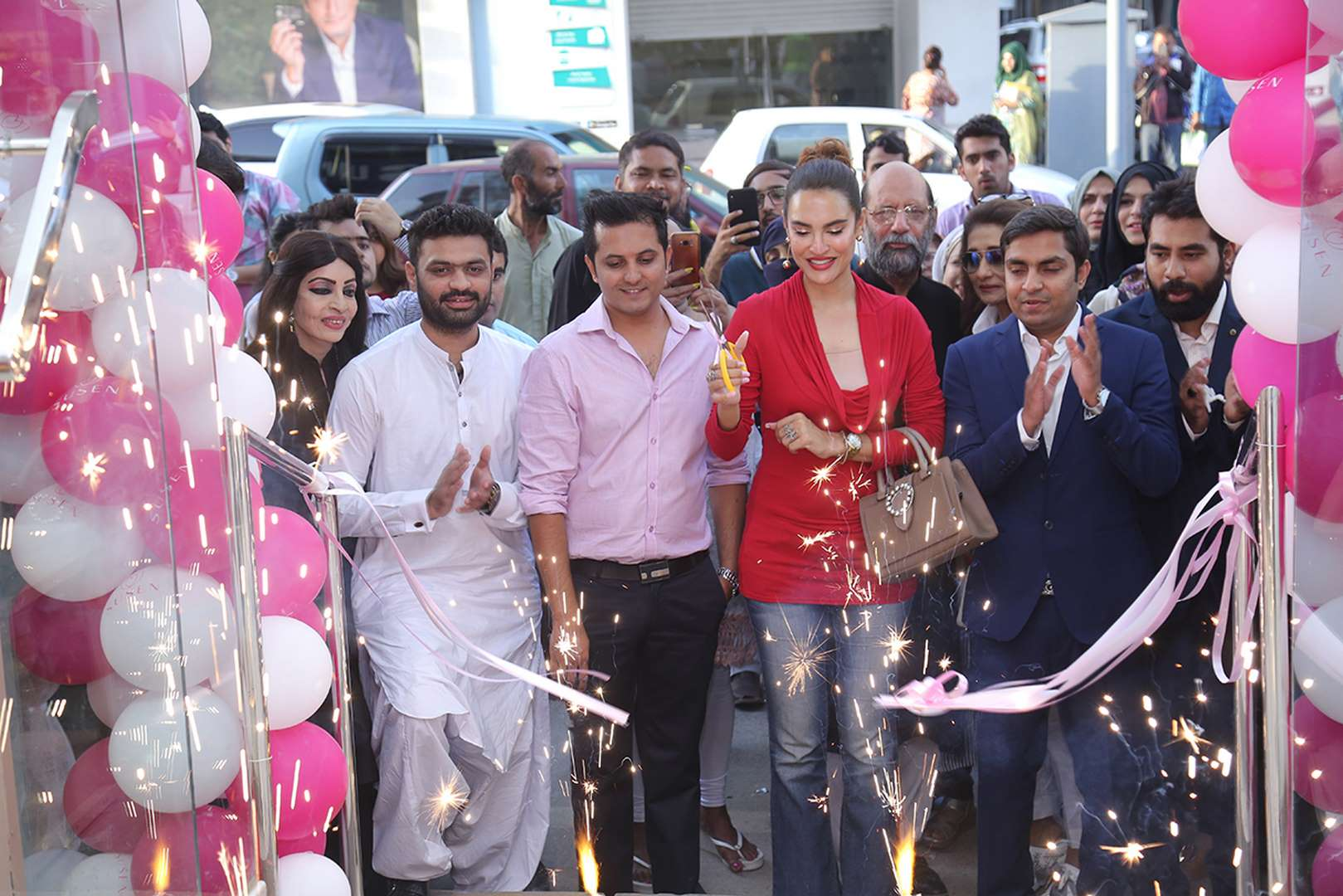 The opening was marked by a ribbon-cutting ceremony by the glamorous Nadia Hussain